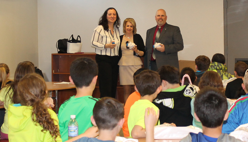 Spencer Savings Bank Brings Savings to Wood-Ridge Intermediate School for Teach Children to Save Day