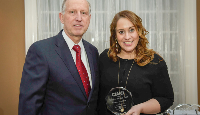 Spencer Savings Bank Receives Community Service Award from CIANJ