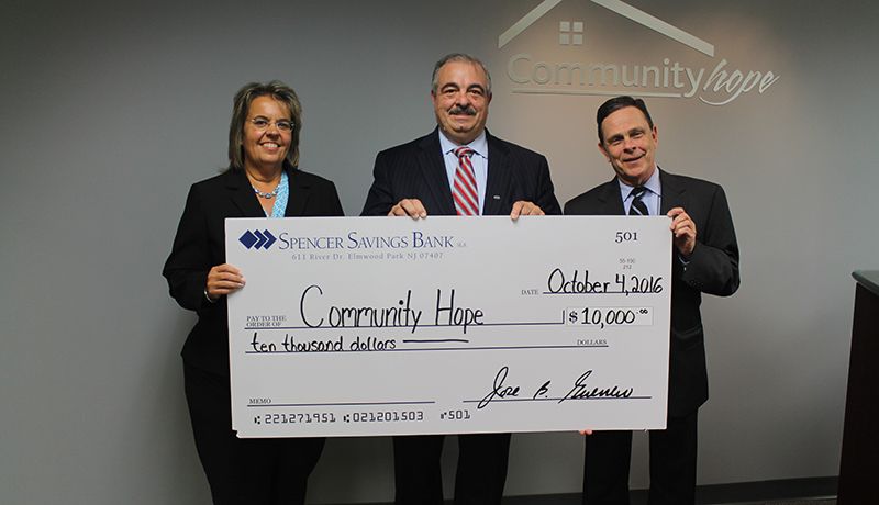 Spencer Savings Bank Donates $10,000 to Community Hope