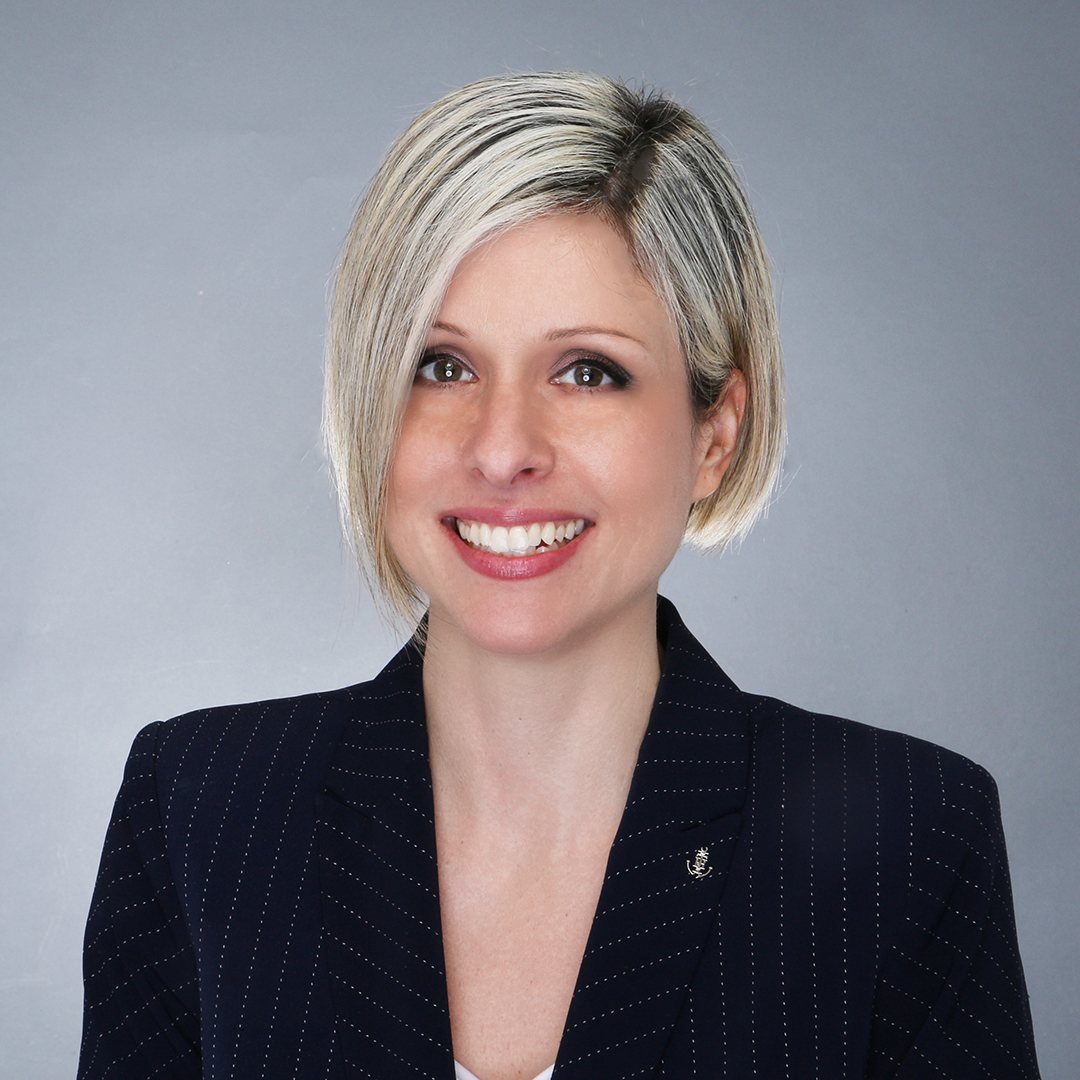 Shanielly Angioletto, Cranford Financial Center Manager